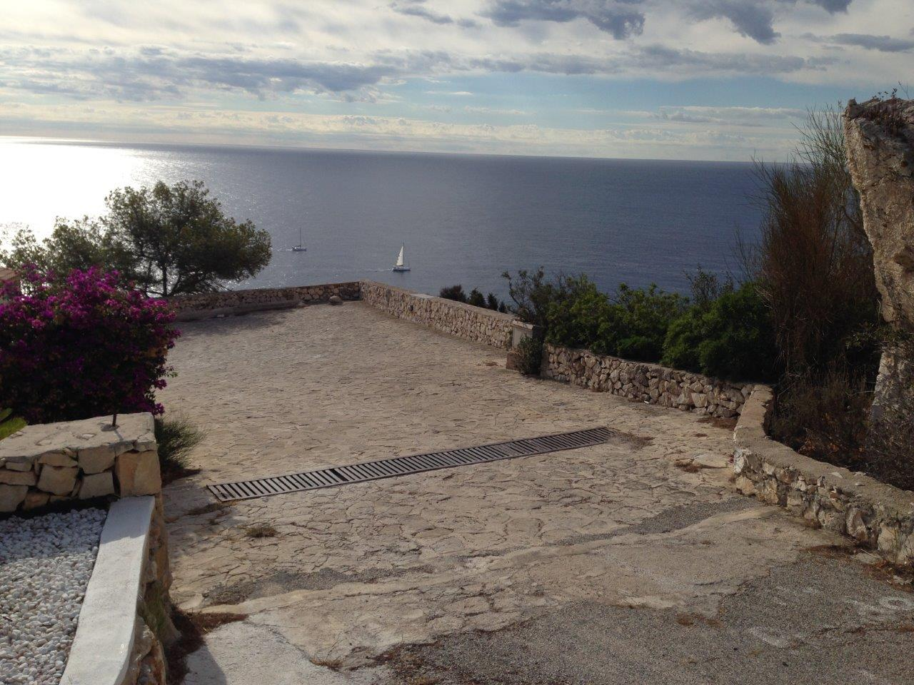 Modern House for sale on the seafront in Javea - Costa Blanca