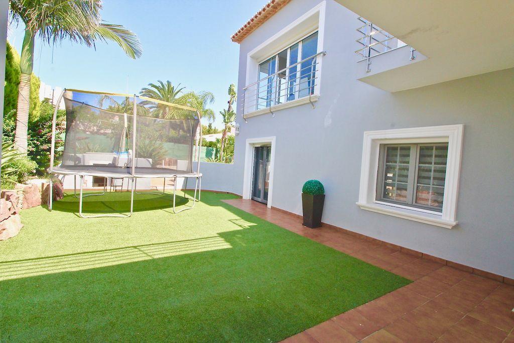 Luxury villa for sale in Balcon al Mar - Javea
